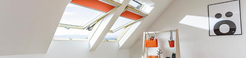 Fen tre de toit r novation fakro for Remplacer une fenetre de toit