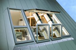 fenetre balcon fakro. Black Bedroom Furniture Sets. Home Design Ideas